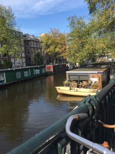 Canal houseboat - average 500,000 Euro